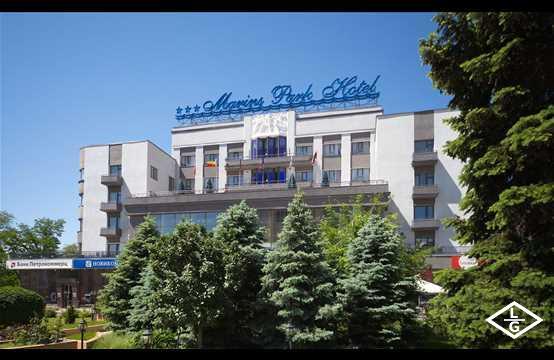 Конгресс-отель Маринс Парк Отель Ростов